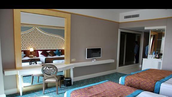 Pokój standardowy cz.2 w hotelu Royal Taj Mahal