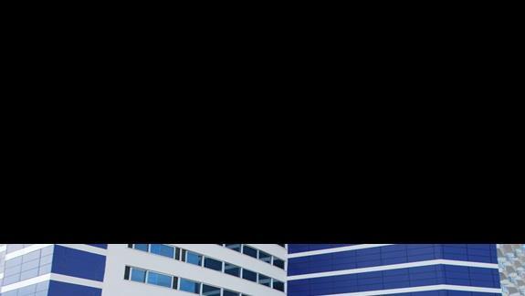 Wejście główne do hotelu Diamond Resort & SPA