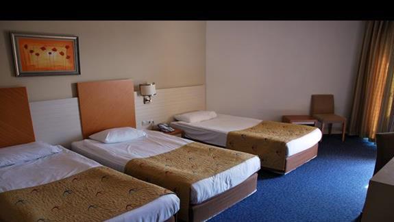 Pokój 2+1 w hotelu Crystal Admiral