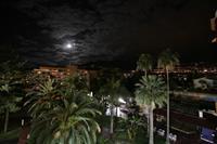 Hotel Blue Sea Puerto Resort - nocny widok z tarasu