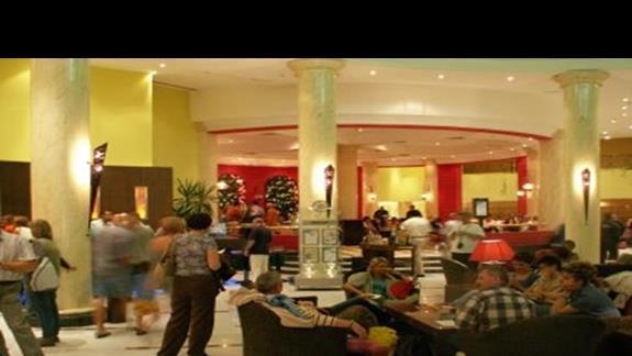 hol i lobby bar