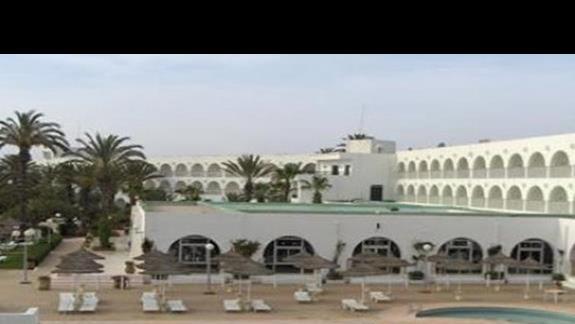 El Mehdi - budynek + kawalek basenu