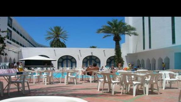 hotelik basen