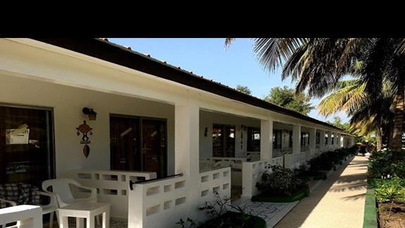 Wygode zakwaterowanie w otoczonych zielenią bungalowach
