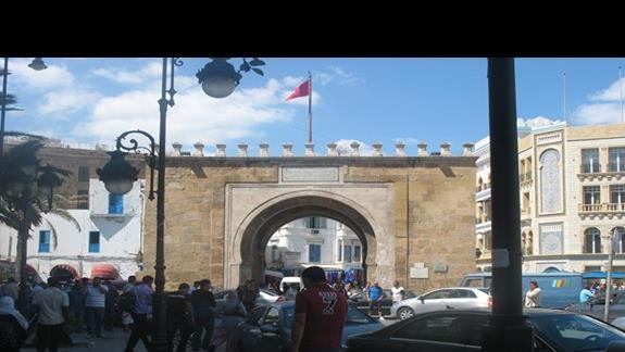 Brama Tunis - stare miasto