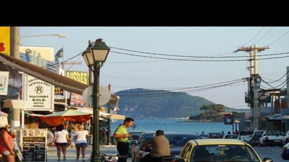 W drodze na plaze - Laganas