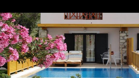 Mitsis Ramira Beach - pokój z prywatnym basenem