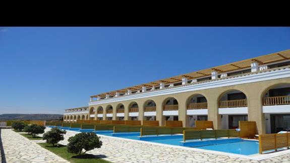 Mitsis Blue Domes - pokoje z prywatnymi basenami