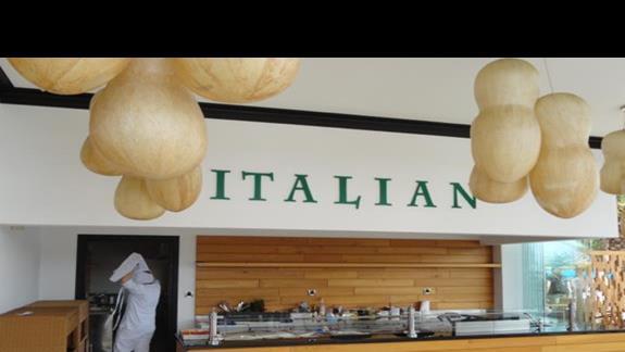 Mitsis Faliraki Beach - restauracja włoska