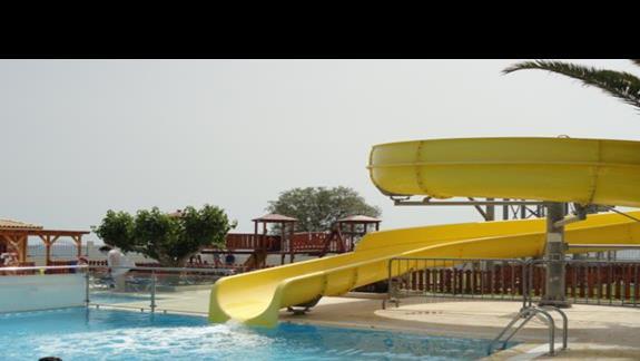 Mitsis Faliraki Beach - zjeżdżalnia wodna