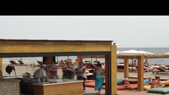 Mitsis Alila - bar przy plazy