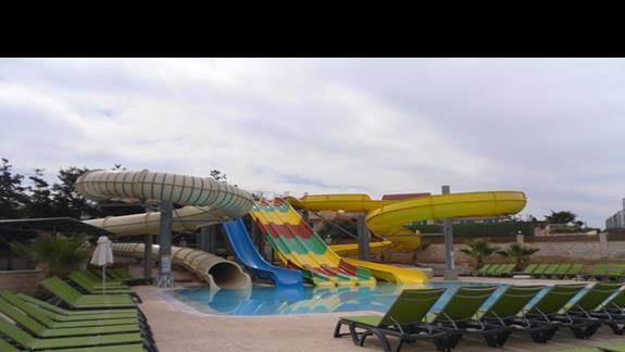 Gouves Waterpark zjeżdżalnie