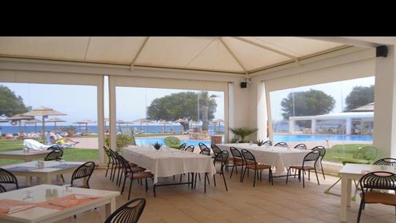 Geraniotis Beach restauracja