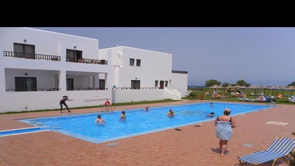 Geraniotis Beach basen 1