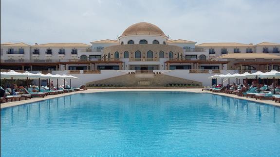 Mitsis Laguna Resort & Spa  basen 1