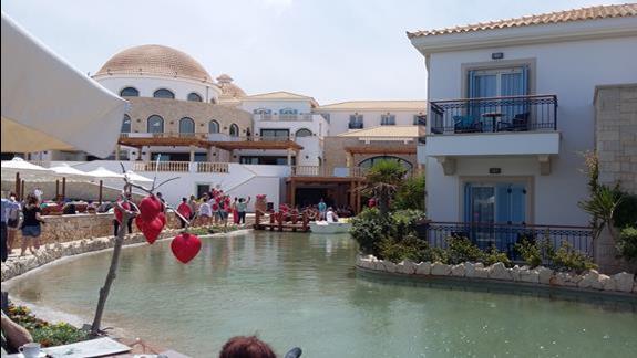 Mitsis Laguna Resort & Spa  laguna 1