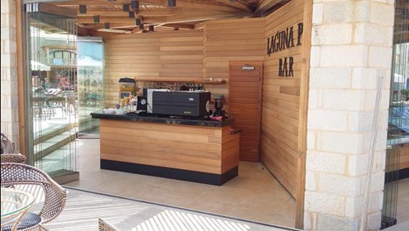 Mitsis Laguna Resort & Spa  bar