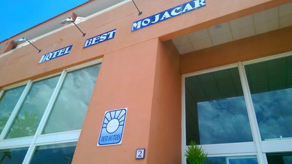 Best Mojacar wejście do hotelu