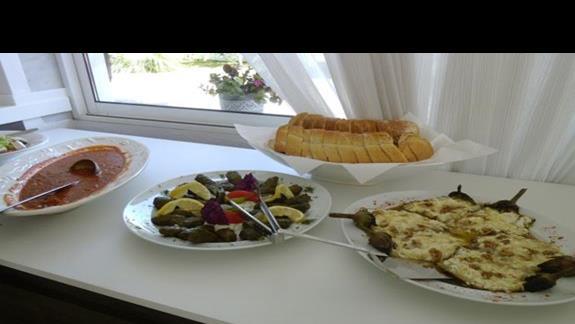 jedzenie w hotelu Afroditi