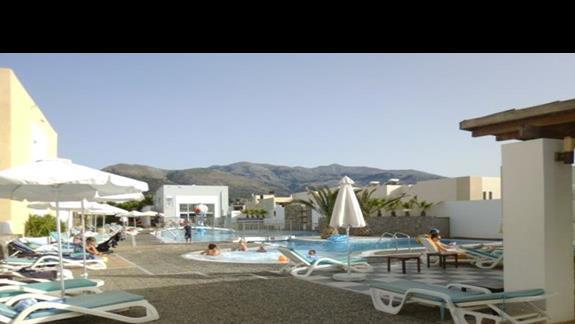 basen przy hotelu Sissi Bay