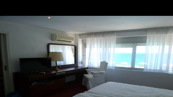 pokój rodzinny w hotelu Istron Bay
