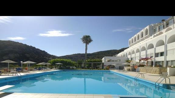 basen hotelowy w Istron Bay