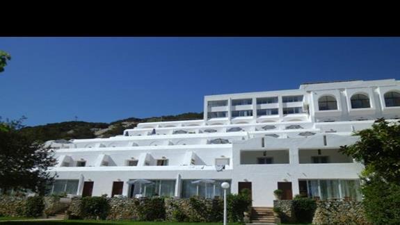 budynek główny hotelu Istron Bay