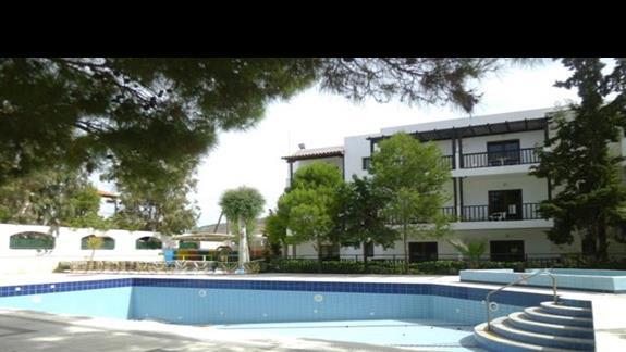 basen w hotelu Club Lyda
