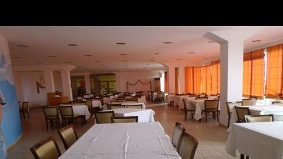 restauracja w hotelu Nicolas villas
