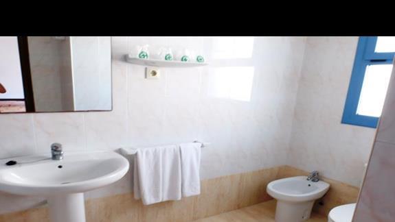 łazienka przed remontem Alhambra