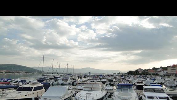 przystań- statkiem do Splitu