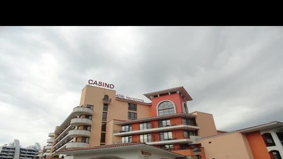 Hotel Hrizantem - widok od strony ulicy