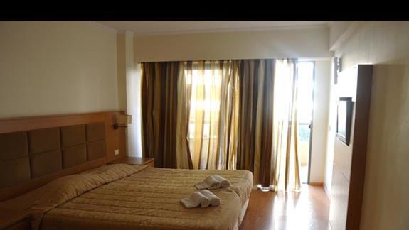 pokój standardowy w hotelu Lomeniz