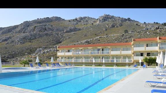 basen dla aktywnych w hotelu SunConnect Kolymbia Star