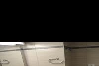 Hotel Sunrise - łazienka w pokoju standardowym w hotelu Sunrise