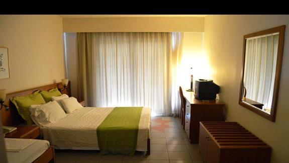 pokój standardowy w hotelu Sunrise