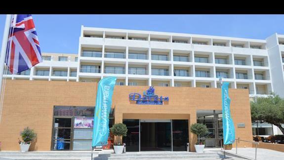 hotel Doreta Beach od frontu