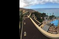 Hotel SBH Club Paraiso Playa - Widok na obiekt hotelowy przed burza