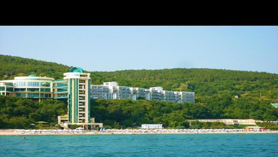 widok na Hotel z morza