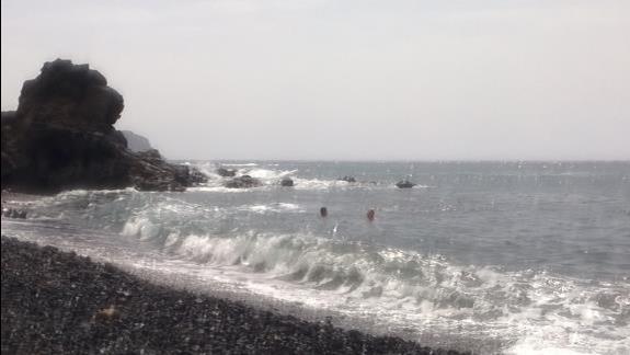 plaża najbliższa około 400m od hotelu