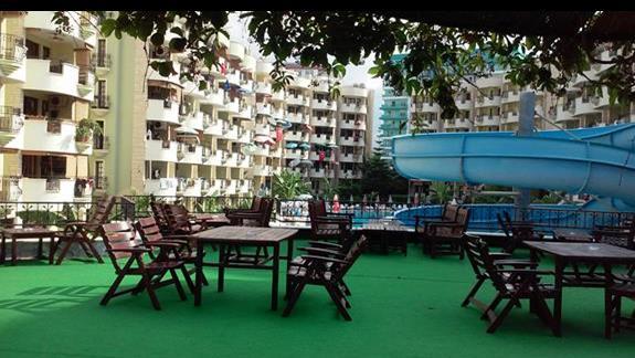 Hotel z tarasu