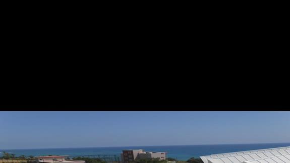 widok na dyskotekę z balkonu
