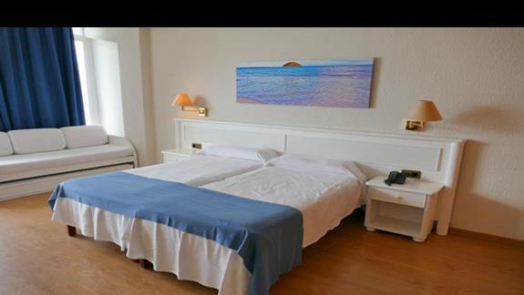 Pokój z widokiem na morze w hotelu Flamboyan Caribe