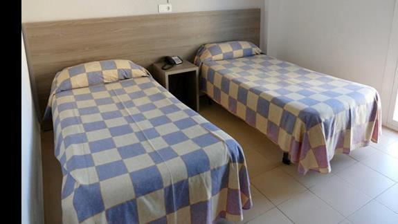 Pokój w hotelu Costa Mediterraneo