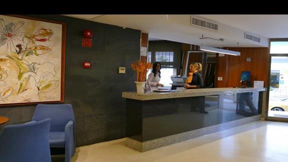Lobby w hotelu Mix Alea