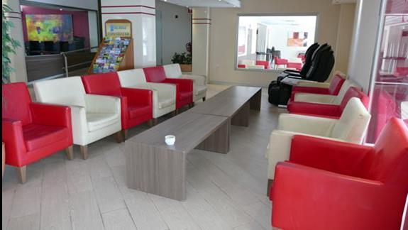 Lobby w hotel Caribbean Bay