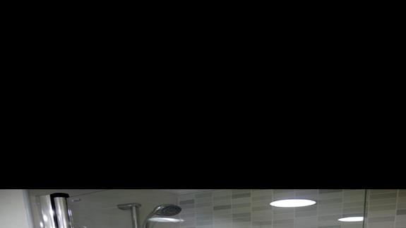 Łazienka w pokoju standardowym w hotelu Atlantic Park