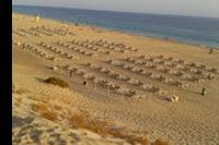 Hotel SBH Jandia Resort - leżaki przy plaży