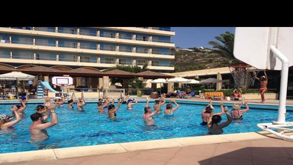 Aqua-aerobik na basenie