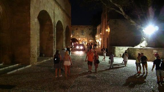 Starozytne uliczki miasta Rodos